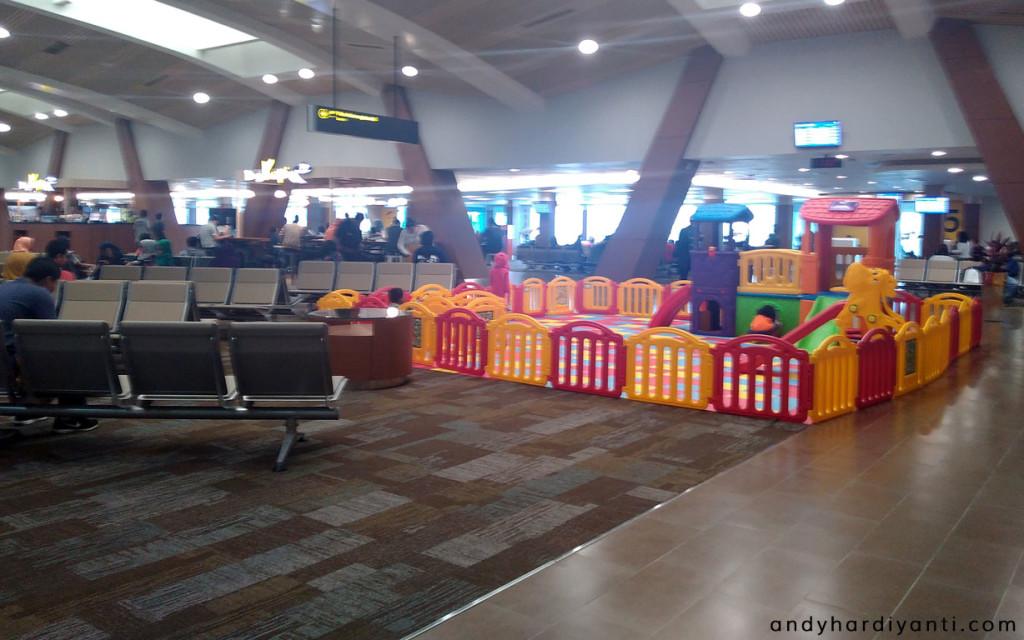 andyhardiyanti-bandara-husein-sastranegara-bandung-05