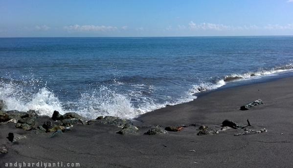 pantai-penghulu-agung-004