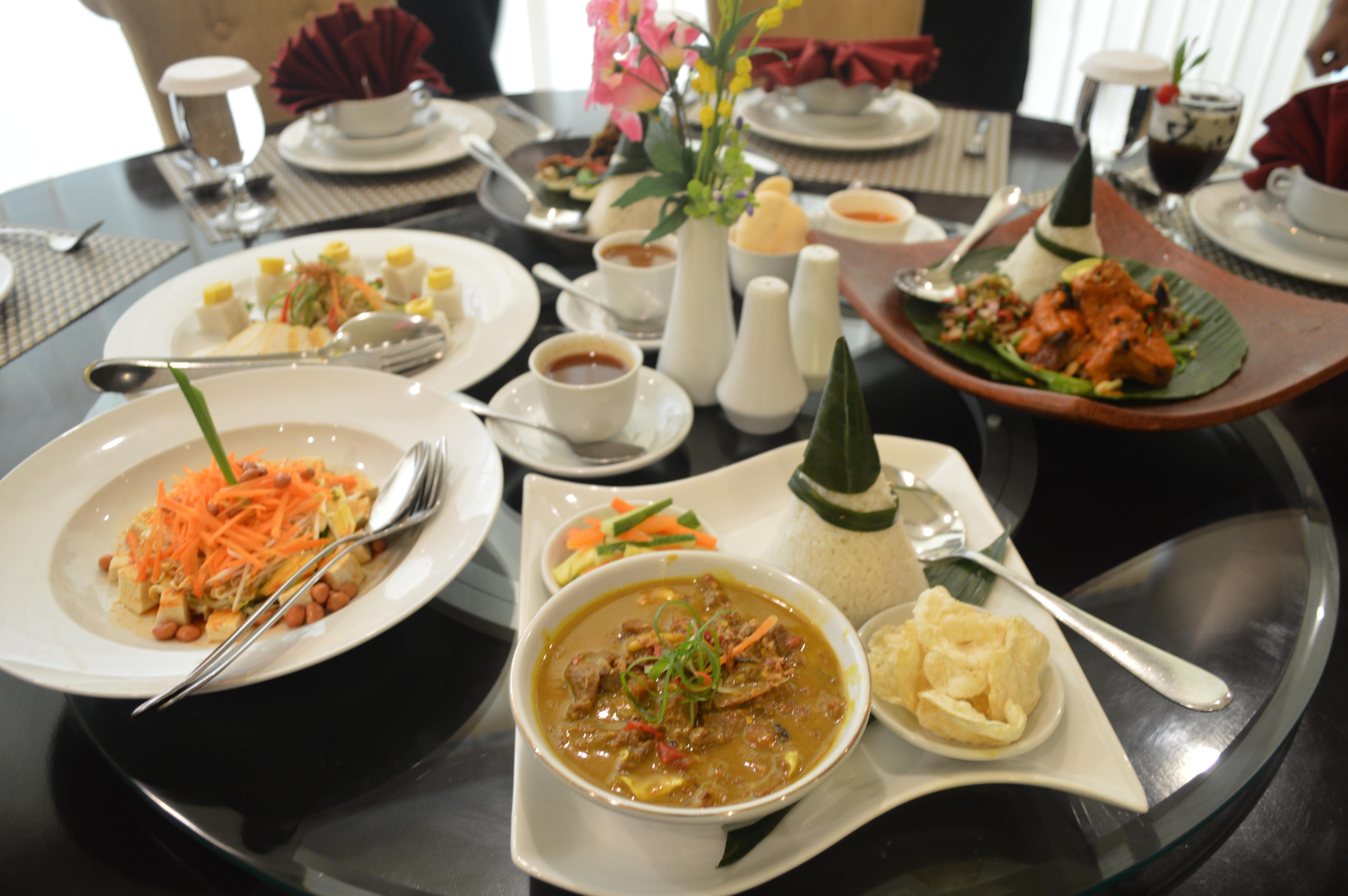 golden-palace-hotel-lombok-06