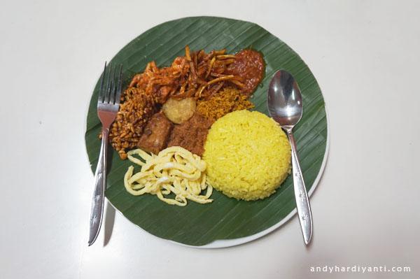 nasi kuning warung pojok ampenan